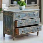 18th Century Chest of Drawers-4